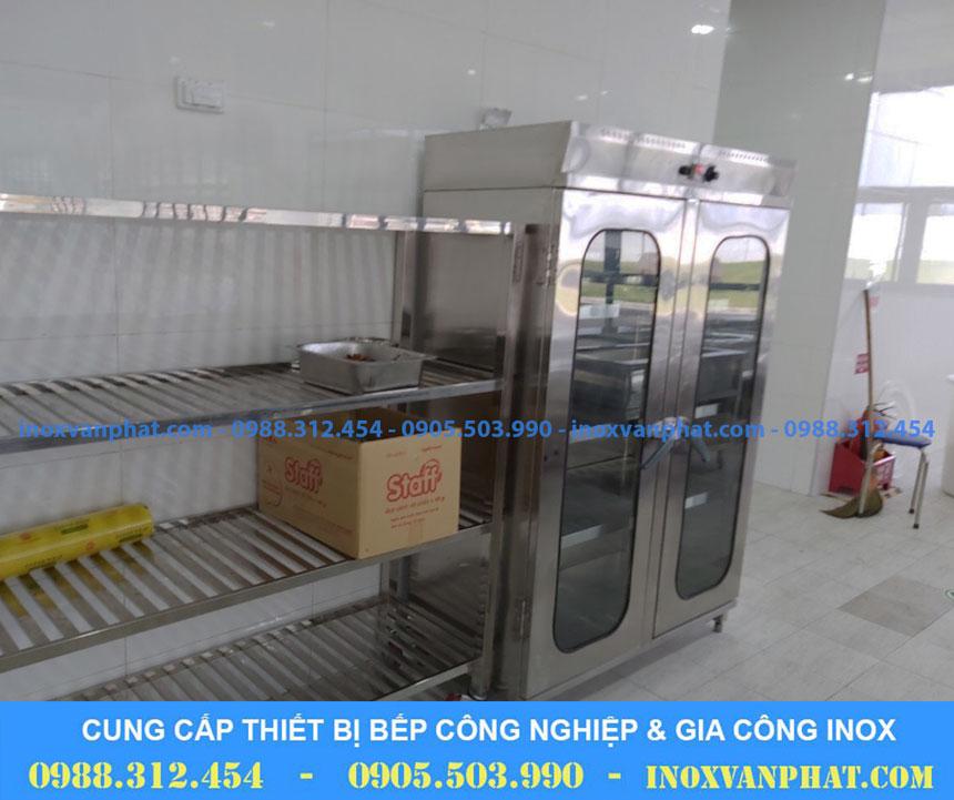 Tủ sấy chén sản xuất tại Inox Vạn Phát